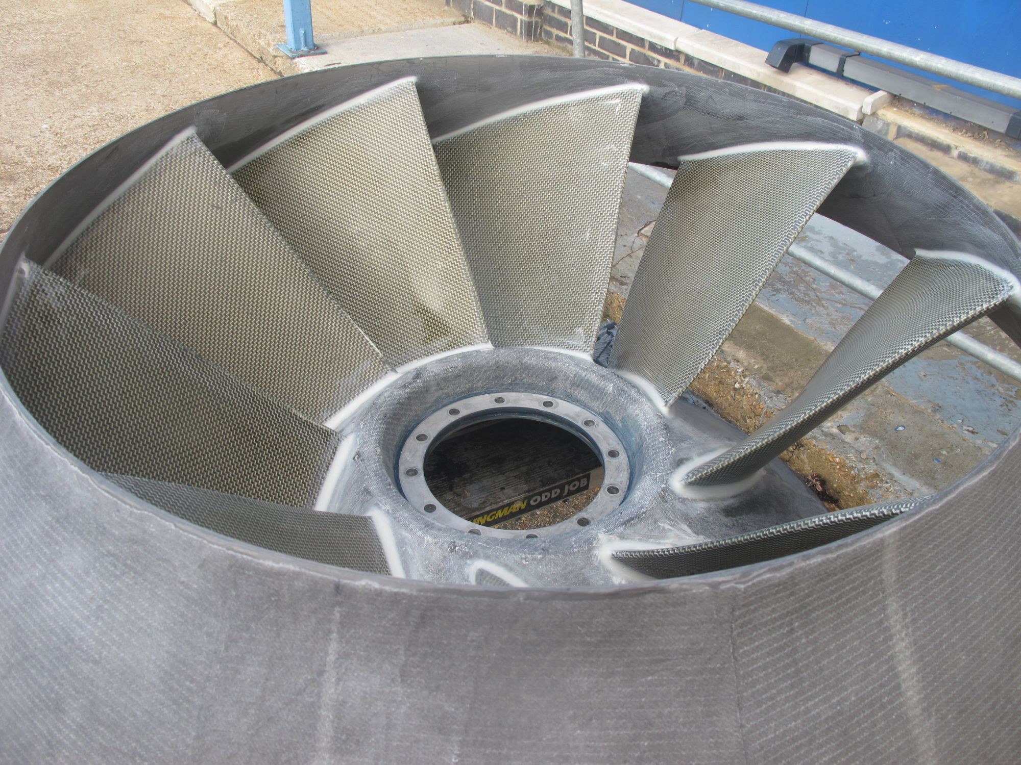 Hovercraft fan duct